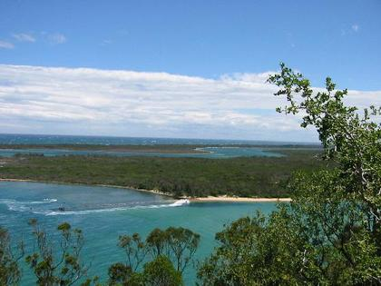 1261200travel_picturelakes_entrance_1